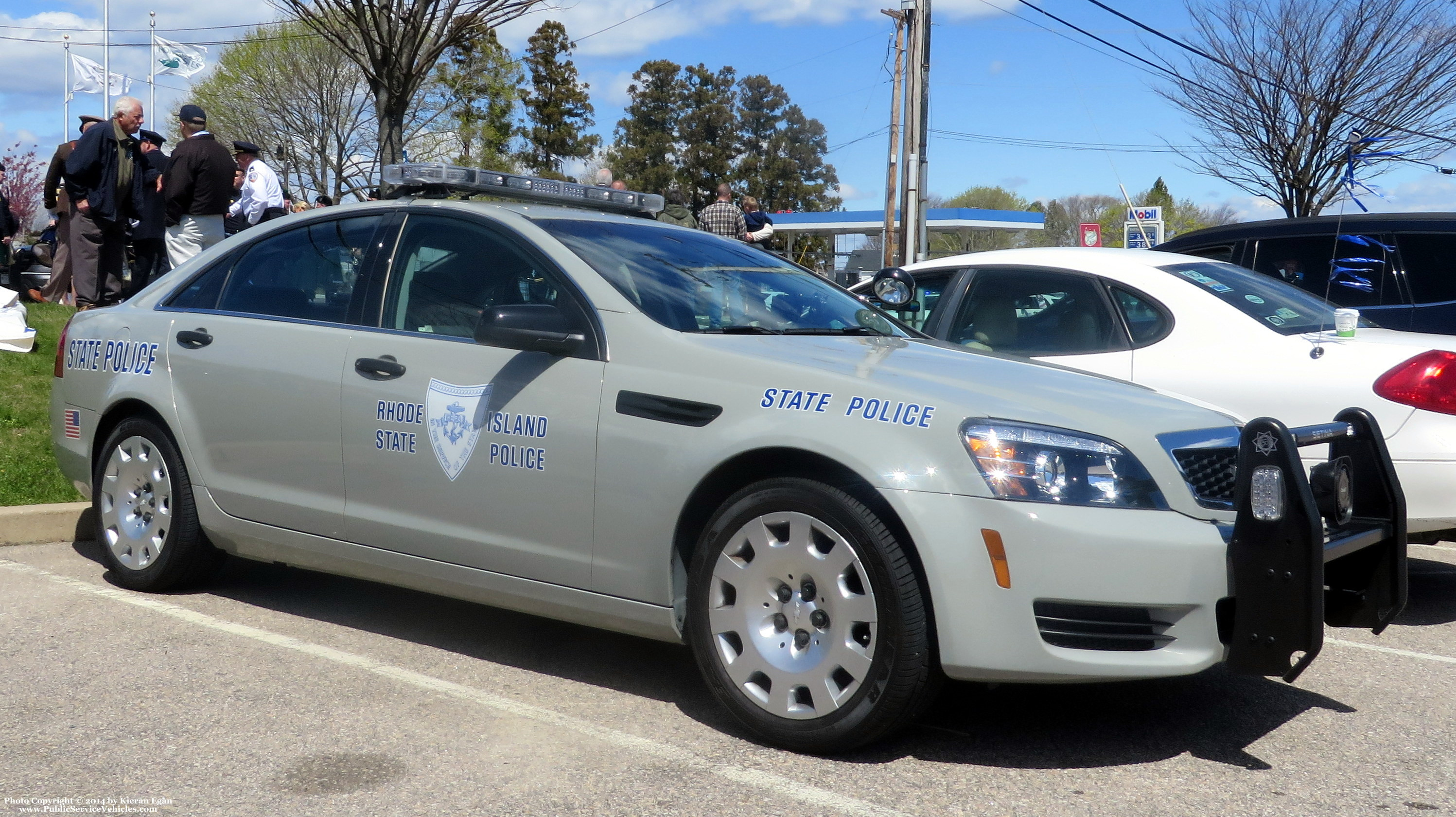 A photo  of Rhode Island State Police             Cruiser 242, a 2013 Chevrolet Caprice             taken by Kieran Egan