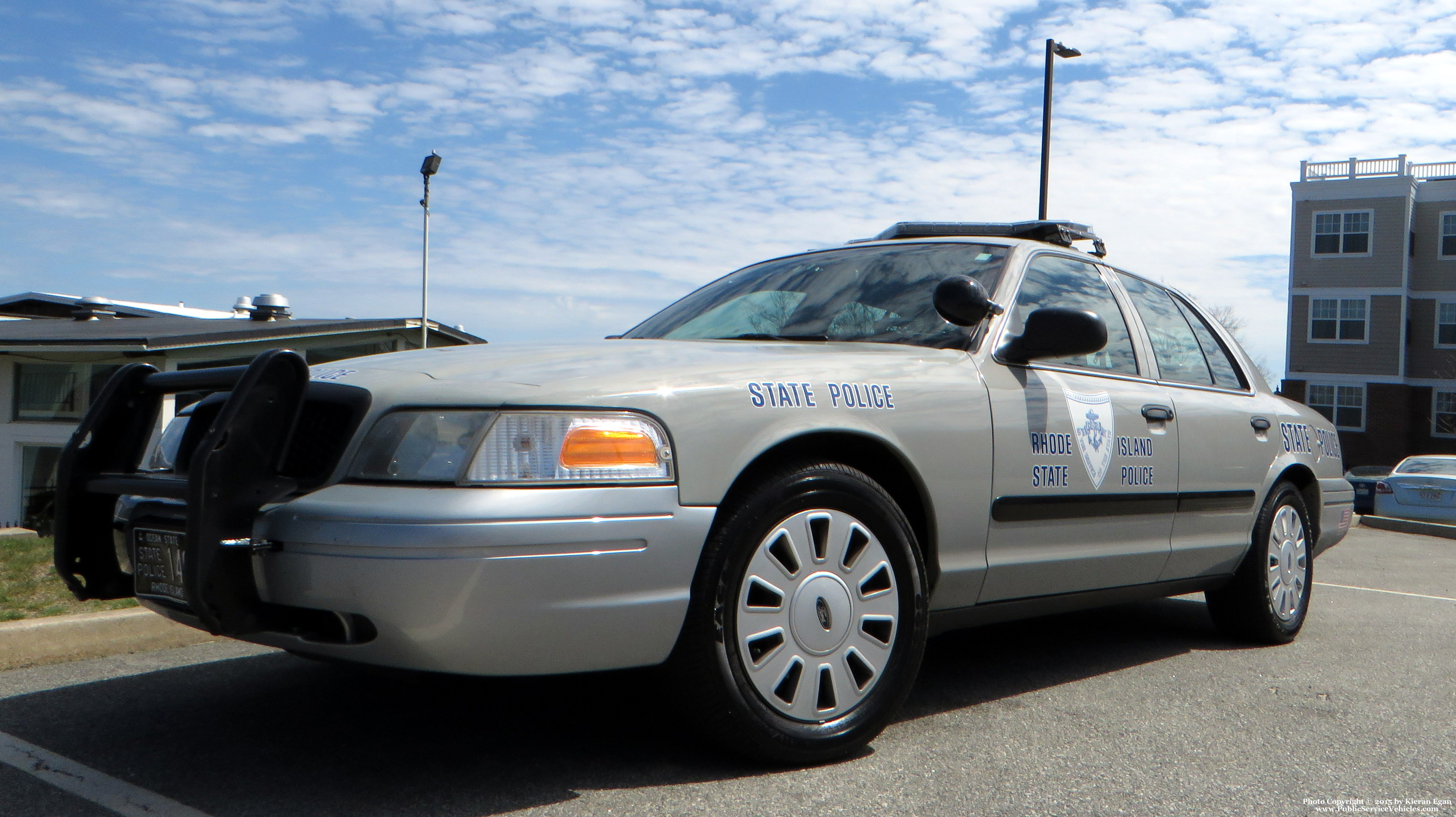A photo  of Rhode Island State Police             Cruiser 140, a 2006-2008 Ford Crown Victoria Police Interceptor             taken by Kieran Egan