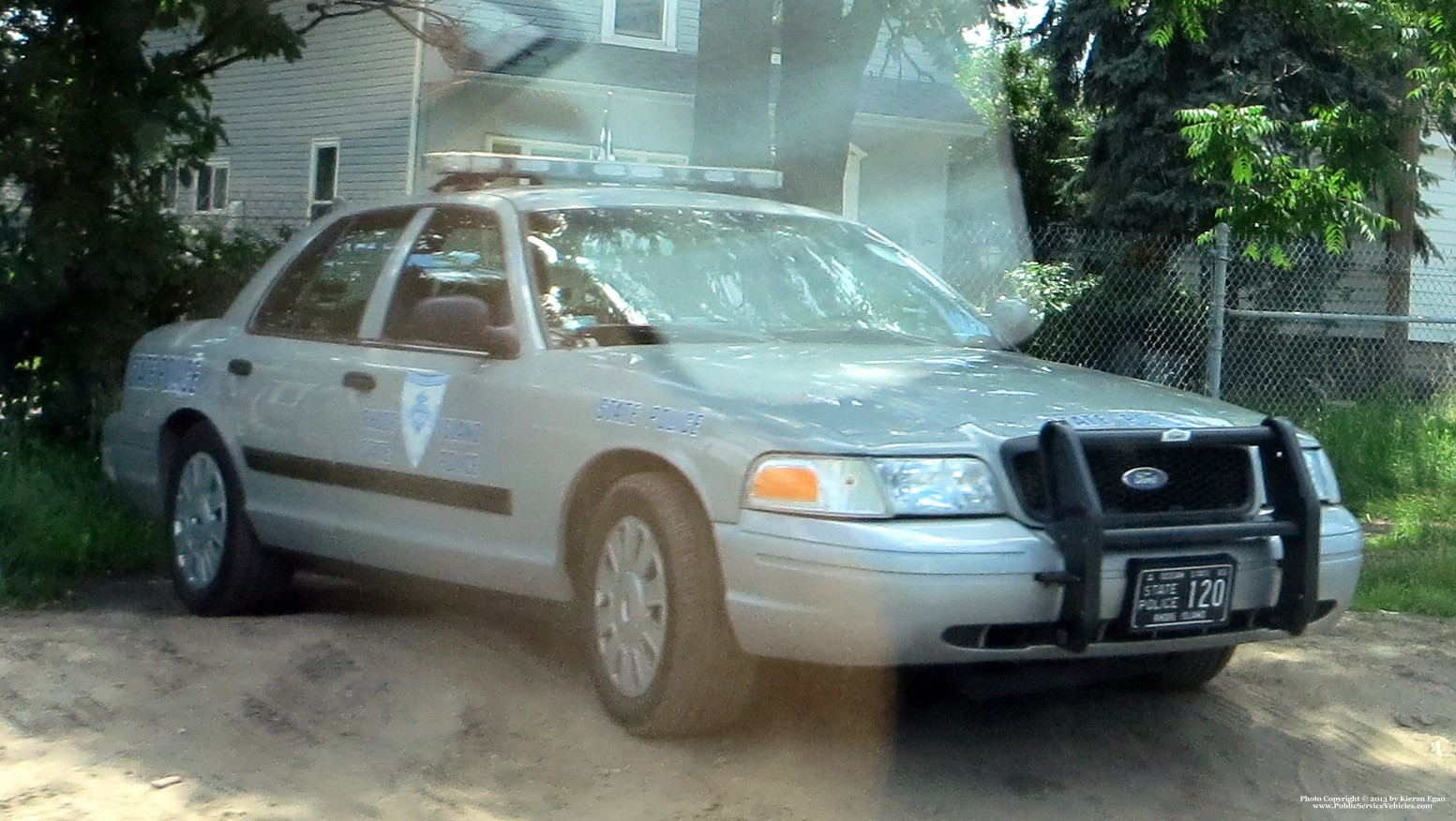A photo  of Rhode Island State Police             Cruiser 120, a 2006-2008 Ford Crown Victoria Police Interceptor             taken by Kieran Egan